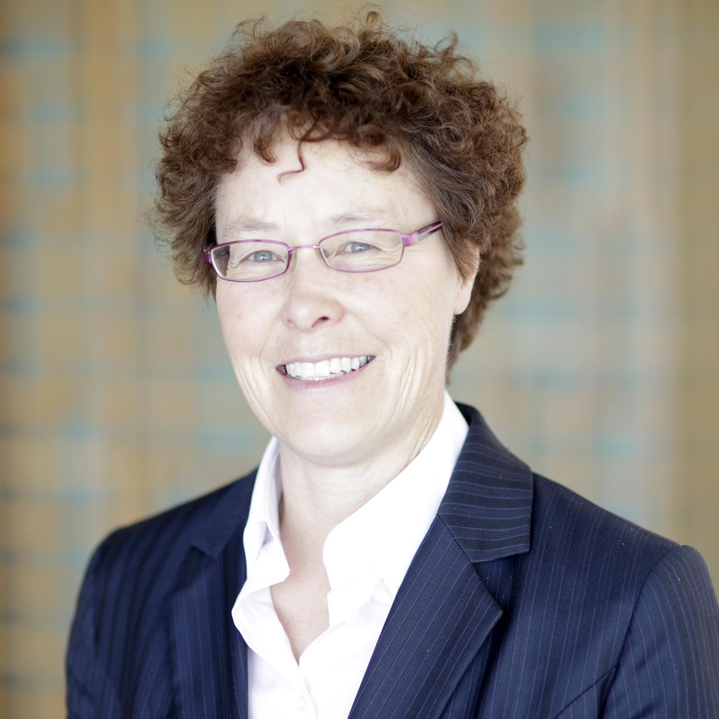 Headshot of Alexandra Wedutenko